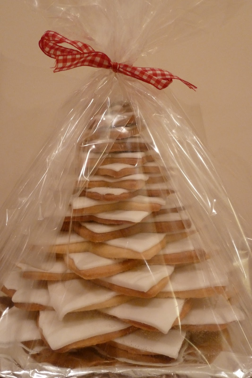 Star Cookie Christmas Tree Thriftea