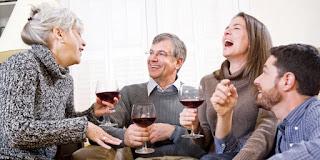 7 Cara Mudah Mendapatkan Hati Calon Mertua
