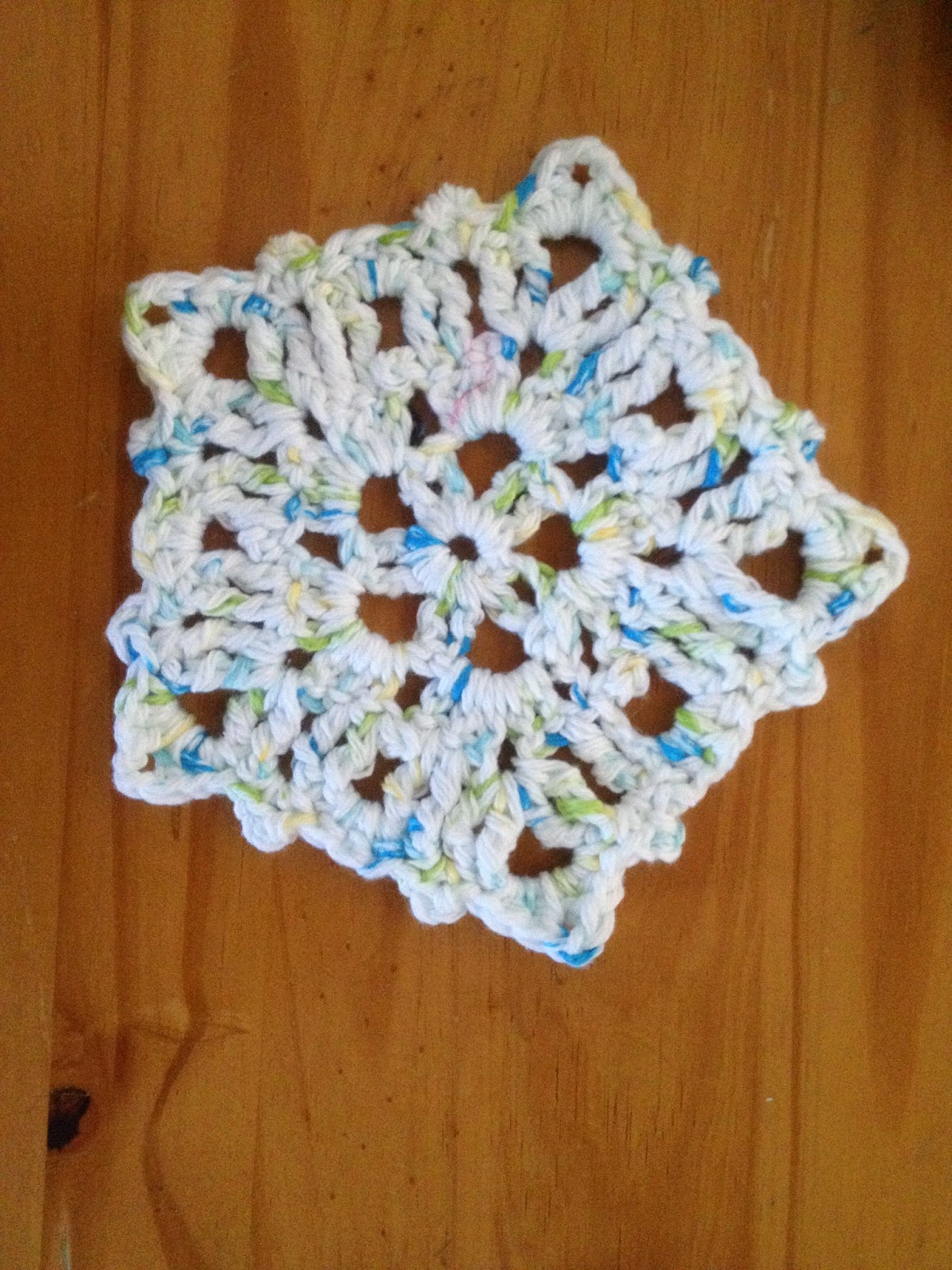 Crochet Stitches Trc : MandaLynns Crochet Treasures : Crochet Snow Flake Dish Cloth