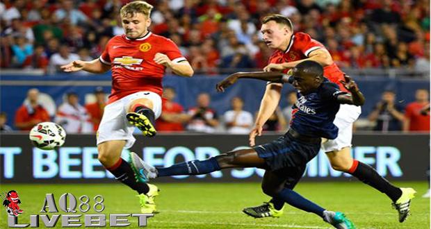Liputan Bola - Sialnya nasib Manchester United, mereka sudah kehilangan salah satu bek unggulan mereka yakni Phil Jones meski Premier League baru memasuki pekan perdana atau matchday-1.