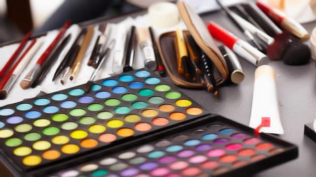 Alasan pria Suka Wanita Tanpa Make Up