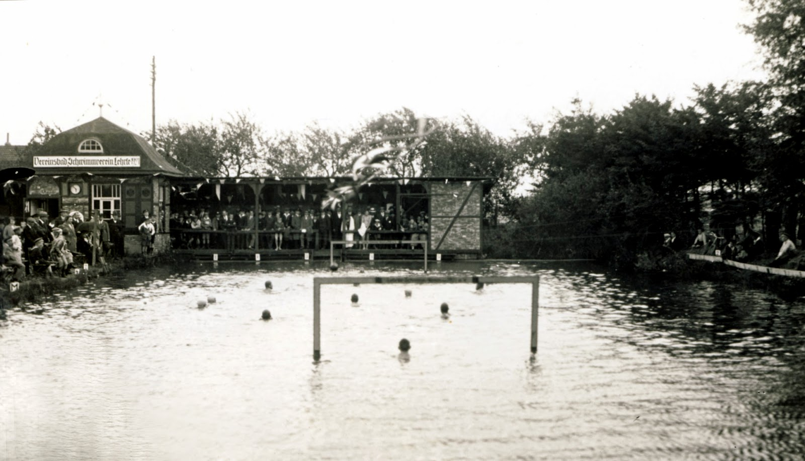 Lehrte Germany  city pictures gallery : Water Polo legends: 1927: Water Polo match in Lehrte, Germany