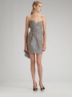 Modelo de vestido tomara que caia