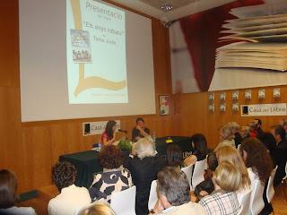 Instantània de durant la presentació del llibre a La Casa del Llibre.