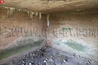 Внутри первого бункера у деревни Ольховцы. Первое помещение