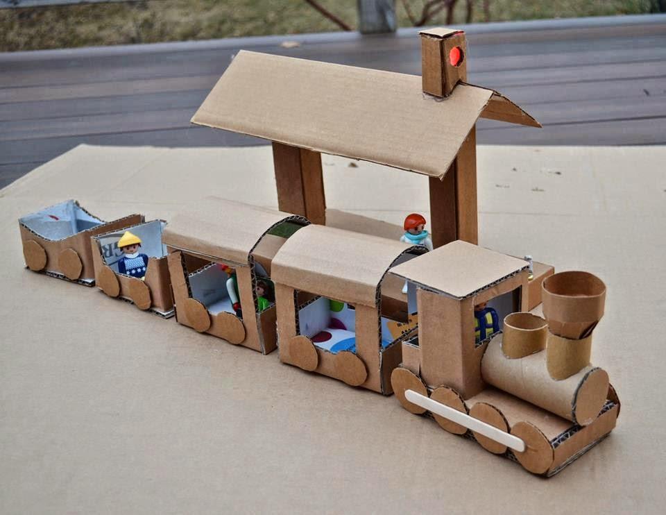 Как сделать вагон из картона и бумаги
