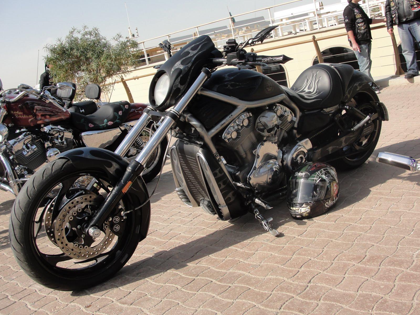 Q8 Moto Kuwait Bike Show January 2012