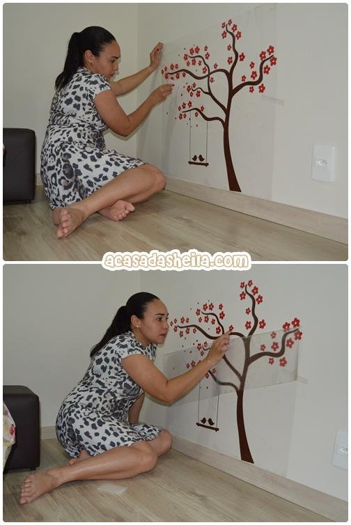 como colocar adesivos na parede