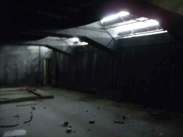 Espacios deshabitados 11 24 08 for Sala oscura wabbit