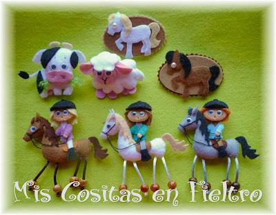 broche de fieltro, broche en fieltro, fieltro broche, broche, fieltro, felt, regalo, pin, amazona, jockey, caballo, horse, hípica, ginete, jinete, oveja, vaca