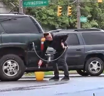Como aguar correctamente la gasolina 1 a 25