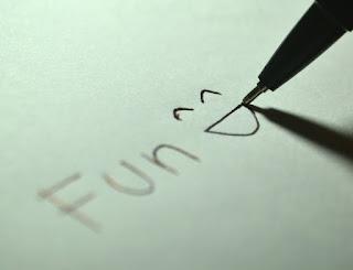 https://pixabay.com/en/fun-happy-happiness-glad-smiling-725813/