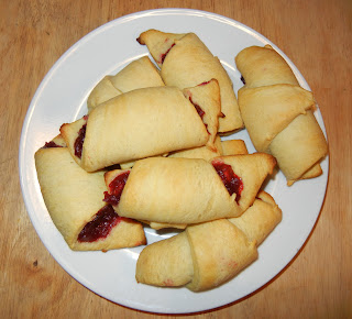 Finished cranberry turnovers