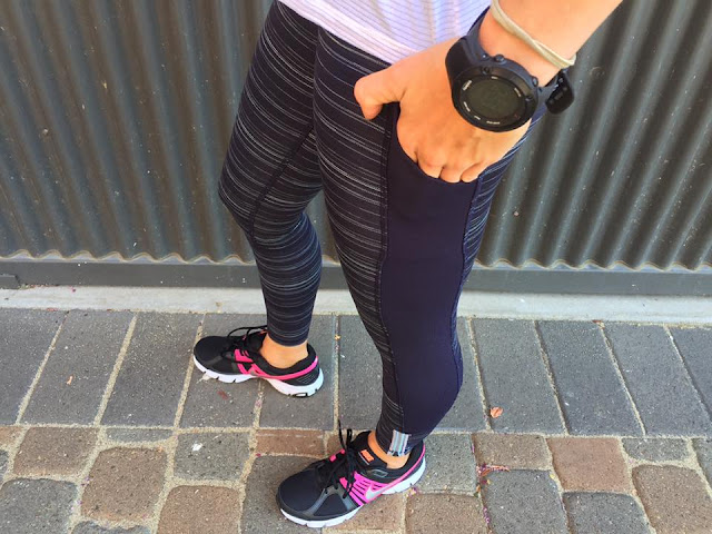 lululemon-run-the-world-7/8th-tight butterfly-naval-blue