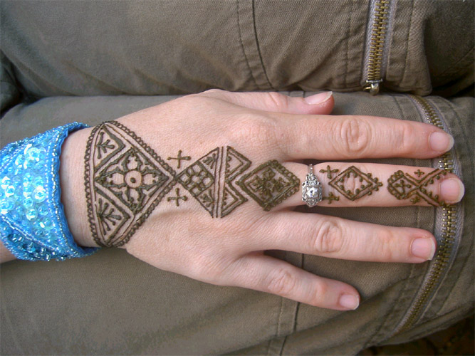 Henna Tattoo Easy : Easy henna tattoos design