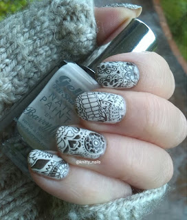Pet'la Plate Calaveras over Barry M Coconut