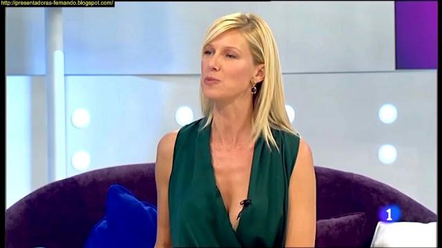 Anne Igartiburu pecho
