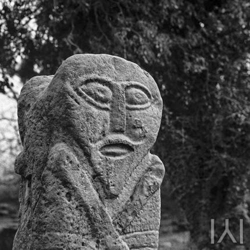 Newgrange on Splitting Sounds Rec