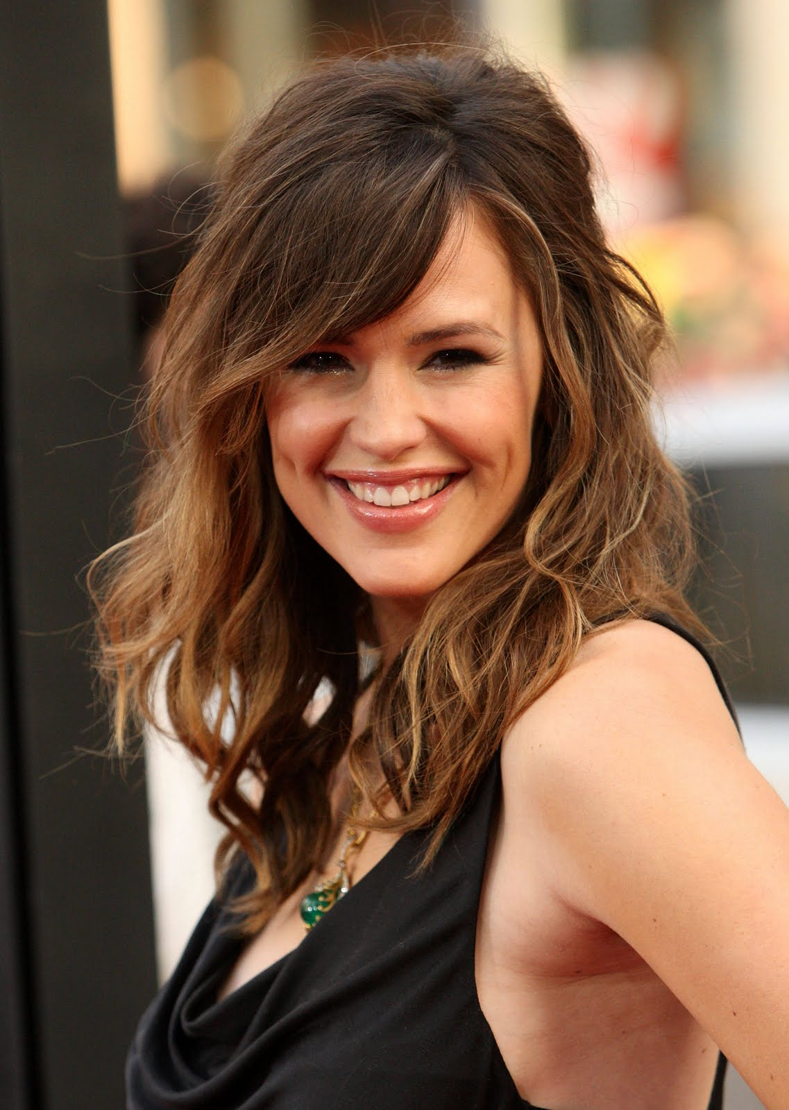 Long trendy wavy look hair/hairstyles, latest, fashion, images ...