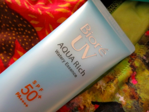 Bioré UV Aqua Rich Watery Essence SPF50+