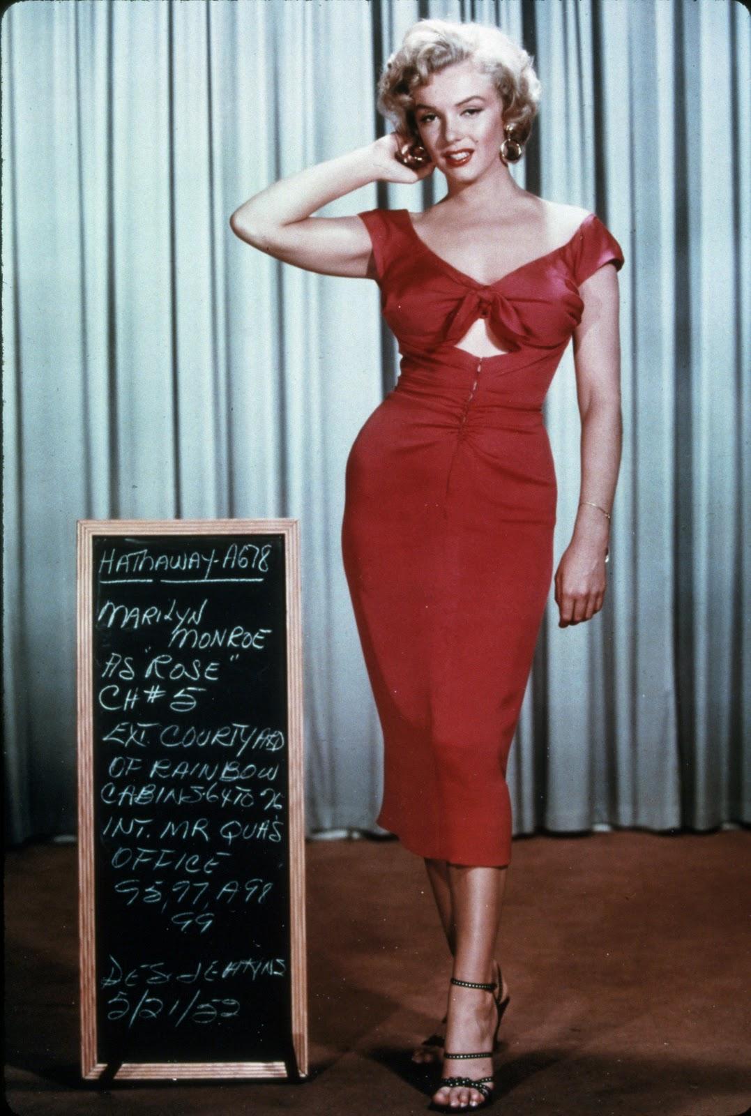http://1.bp.blogspot.com/-ojJecE36EUQ/Ts-LJ2Mw11I/AAAAAAAABro/SHp9wjypZlw/s1600/Marilyn-Monroe-704.jpg