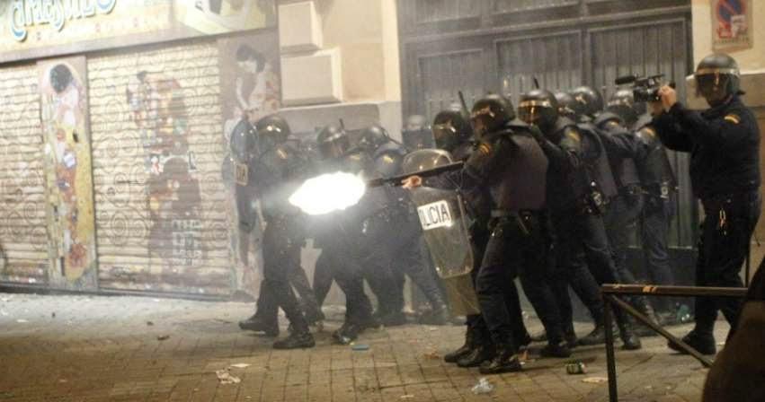 la-proxima-guerra-españa-gastara-millones-en-material-antidisturbios-otoño-caliente-protestas