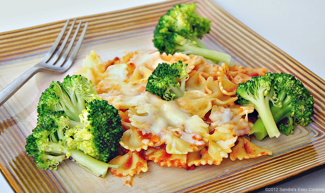 Easy Recipe for Baked Bow Pasta with Cheese and Broccoli