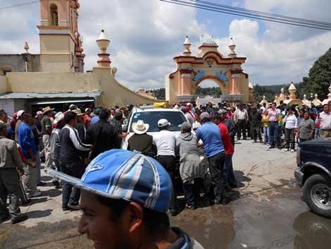 Enfrentamiento de granaderos de SP y habitantes en Chiautzingo