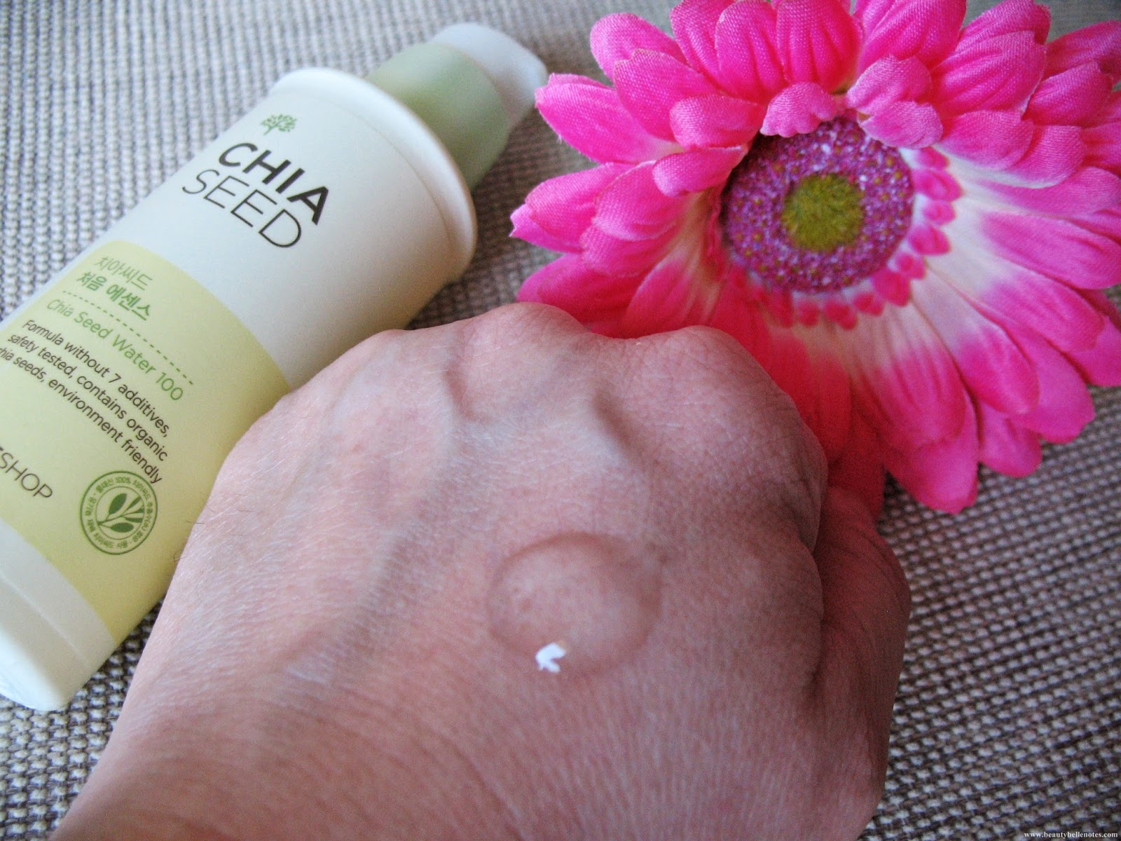 TheFaceShop - Chia Seed Boosting Essence review and photos