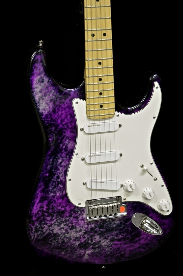 fender 40th anniversary purple tie dye aluminum body strat rh stratoblogster com Mexican Strat Wiring Diagram 3-Way Switch Wiring Diagram