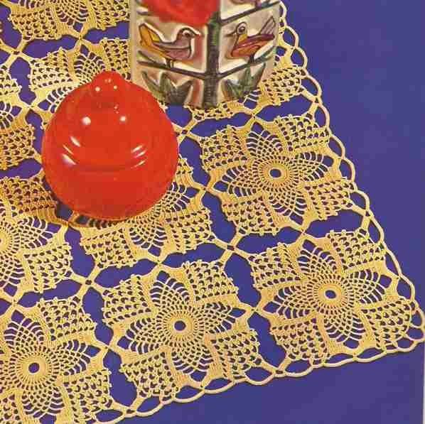 "Camino de mesa ""Aurora"" a Crochet"
