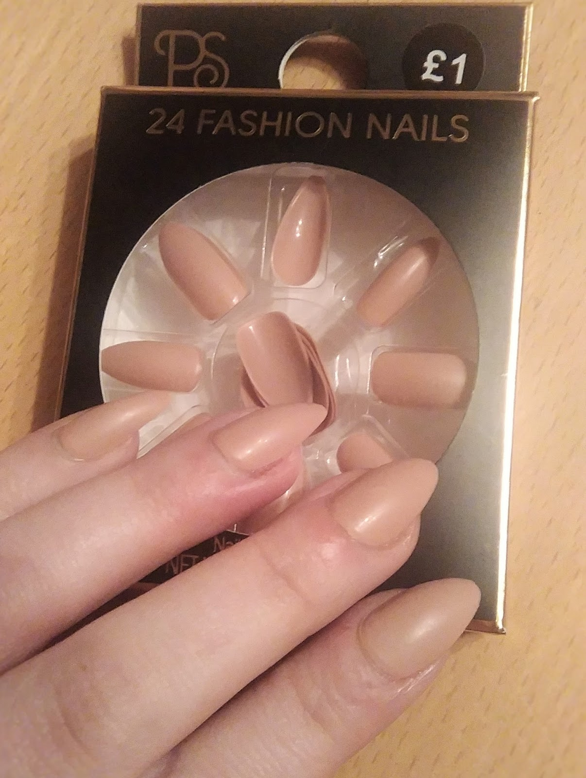Hair, Beauty, Nails, Make-Up and All Things Gorgeous!: Review on the ...
