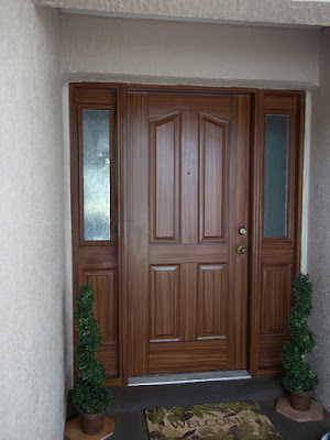paint a front door to look like wood