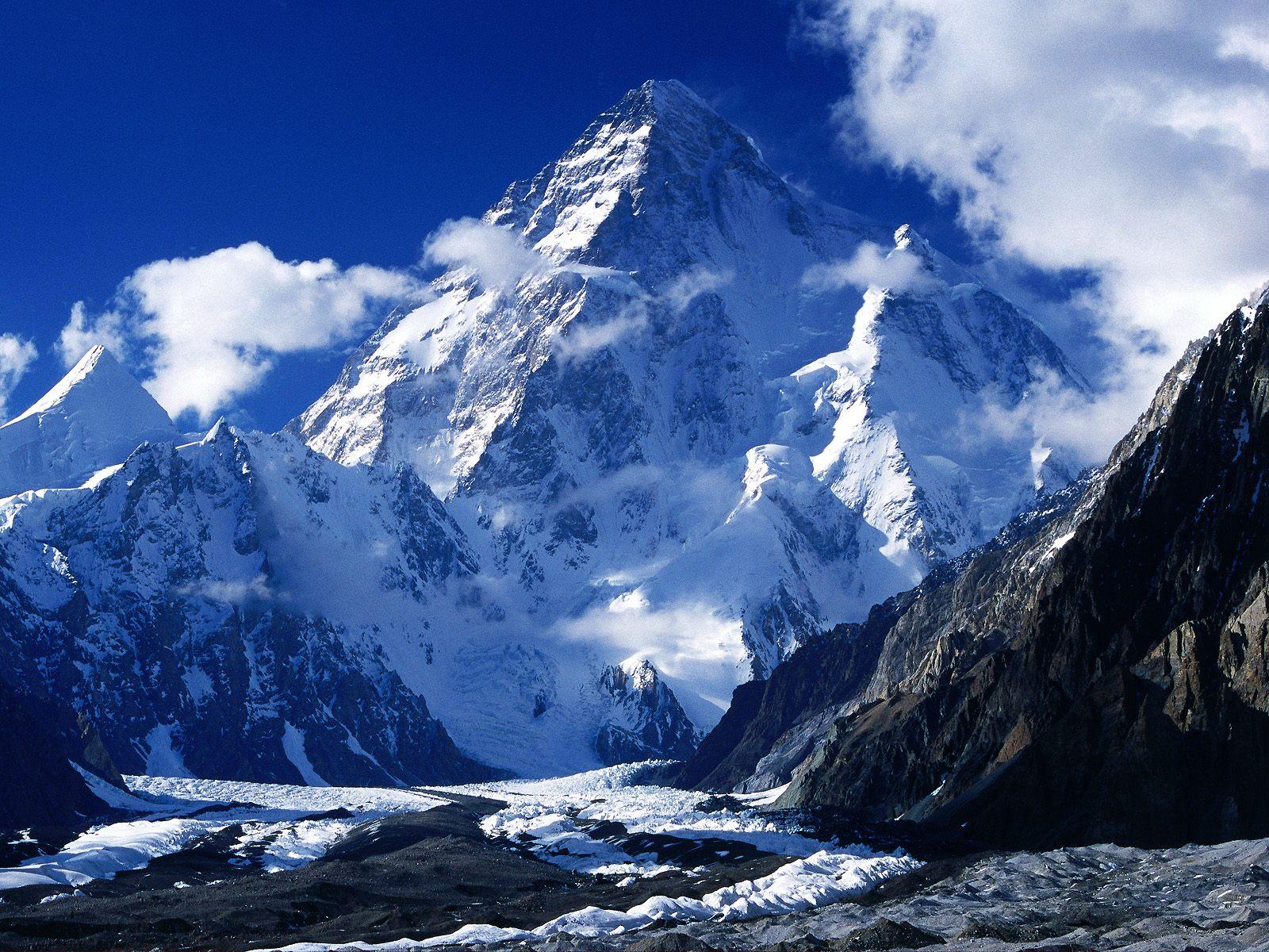 http://1.bp.blogspot.com/-ok2dp2-4txk/T56ngfouzxI/AAAAAAAAG-M/BcZkynb37CY/s1600/K2,+Pakistan-734480.jpg