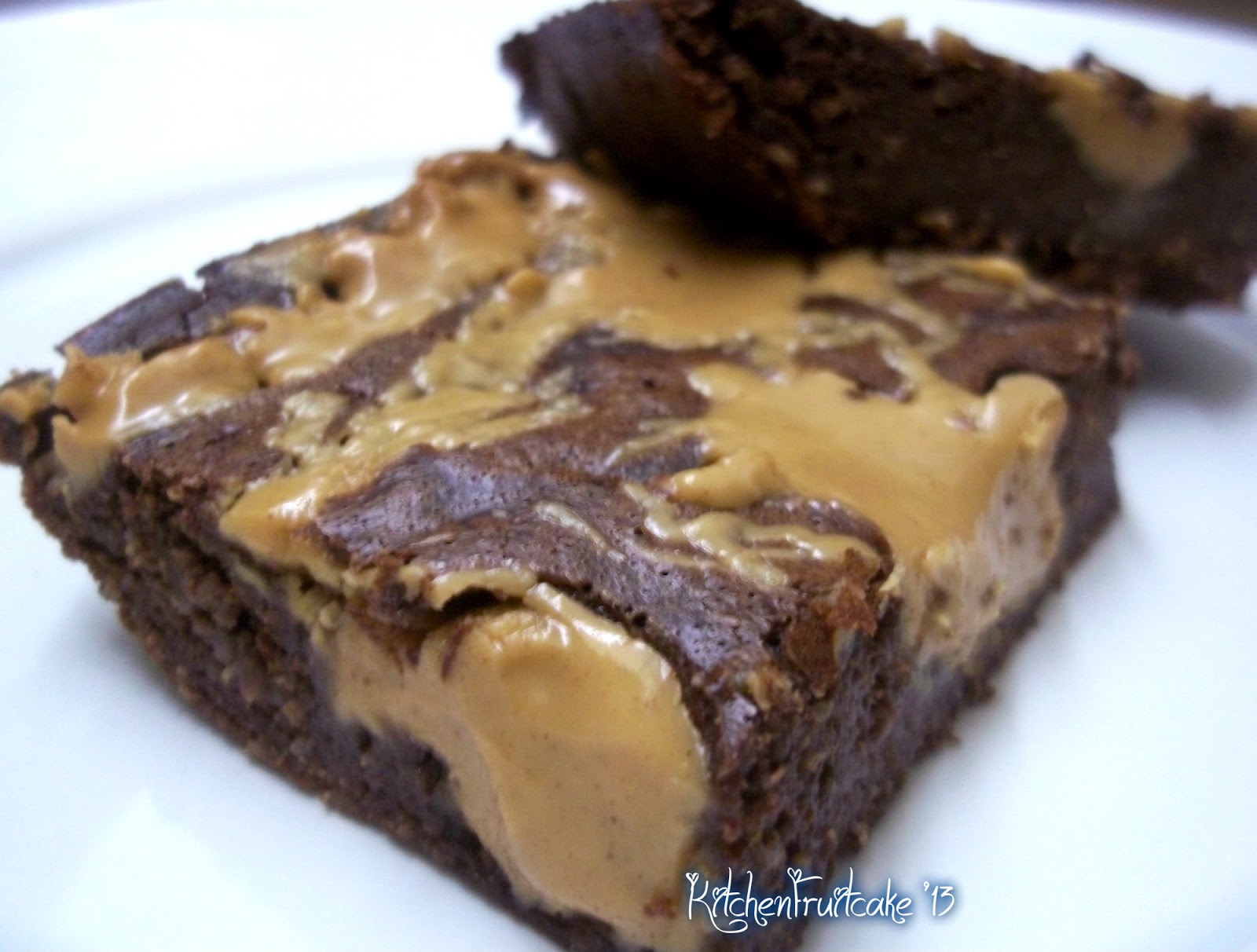 Fruitcake in the Kitchen: Skinny Peanut Butter Swirl Brownies