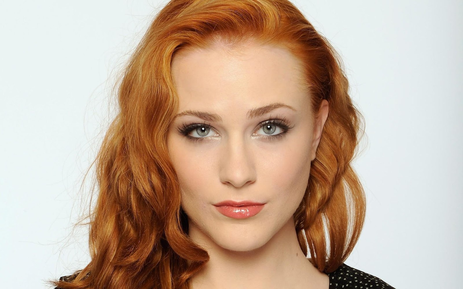 http://1.bp.blogspot.com/-okHUGKCfb7I/UG0mrc_MR8I/AAAAAAAAAHY/Ib_LVbcsSWk/s1600/women-closeup-redheads-evan-rachel-wood-faces-white-background-wide.jpg