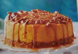 Slow Cooker Desserts  praline pumpkin cheesecake