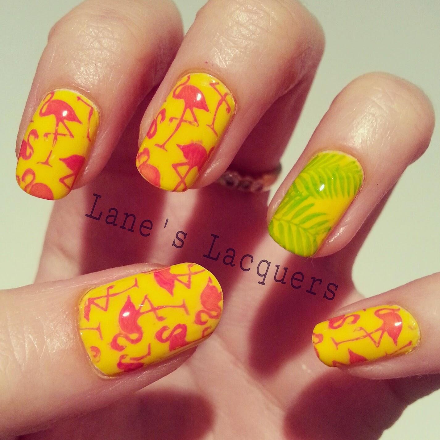 52wpnmc-yellow-wild-animal-nail-art