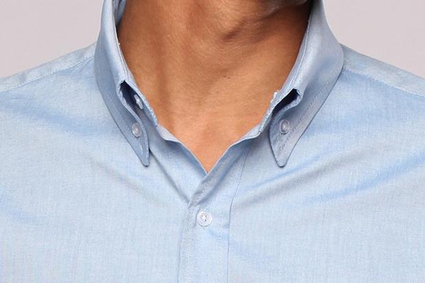 Una camisa que se mantiene fresca durante 100 días sin lavarla