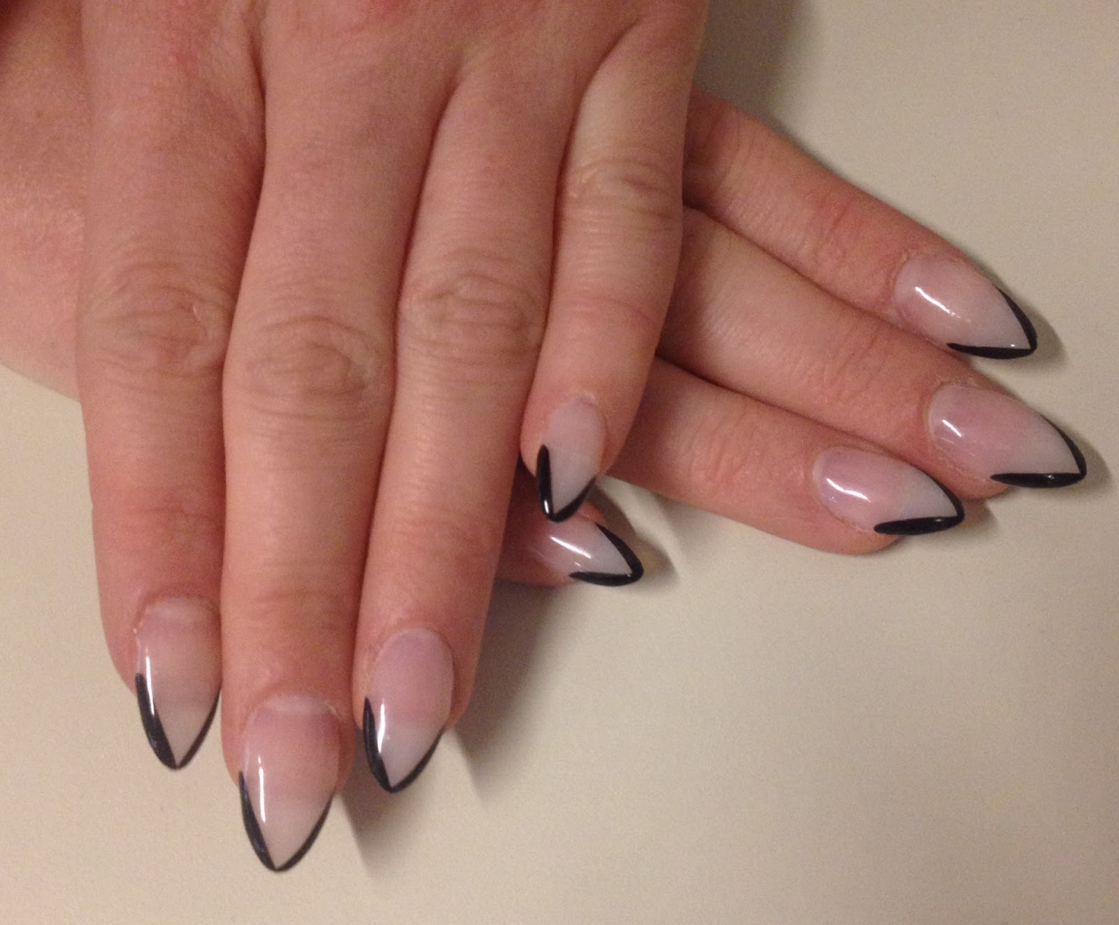 The Beauty of Life: Manicure Spotting: Michaela\'s Awesome Pointed ...
