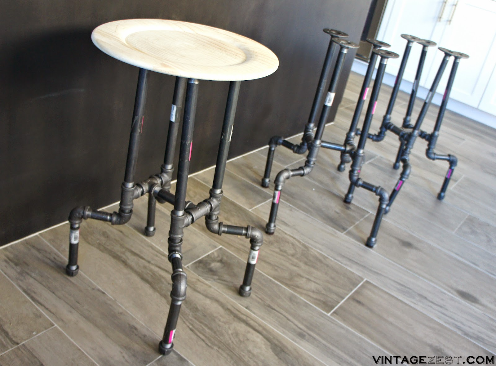 DIY Industrial Pipe Stools on Diane's Vintage Zest!  #diy #home #decor