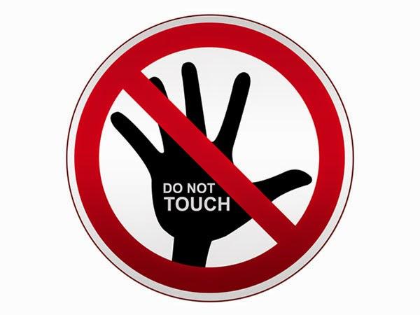 لا تلمسى شعرك