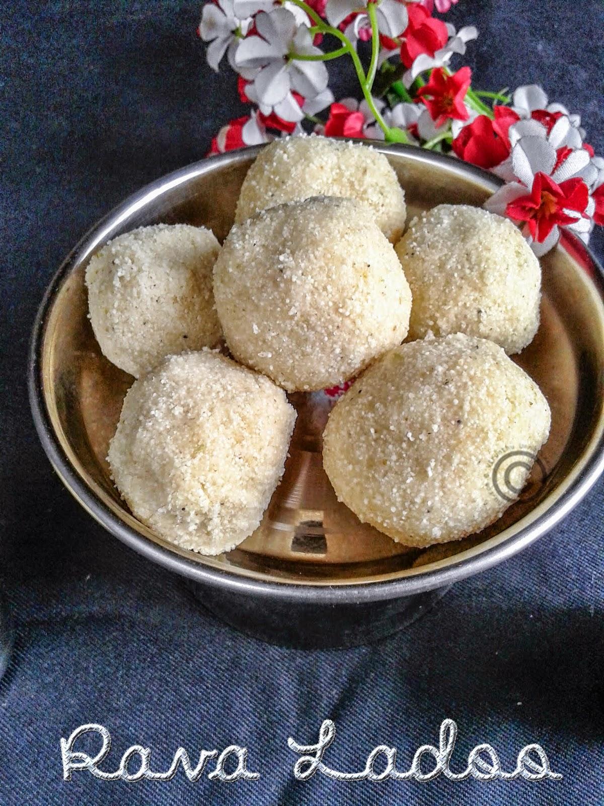 sweet-semolina-balls