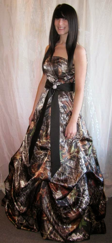 Country Wedding Dresses Belts With Camo Design pictures hd