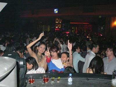Alexis Hotel Club and Karaoke Ancol  Still Open