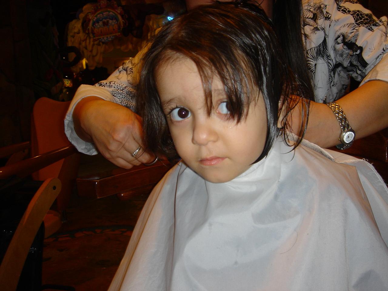Chiffel Weblogs Baby Girl First Hair Cut 1272 1600