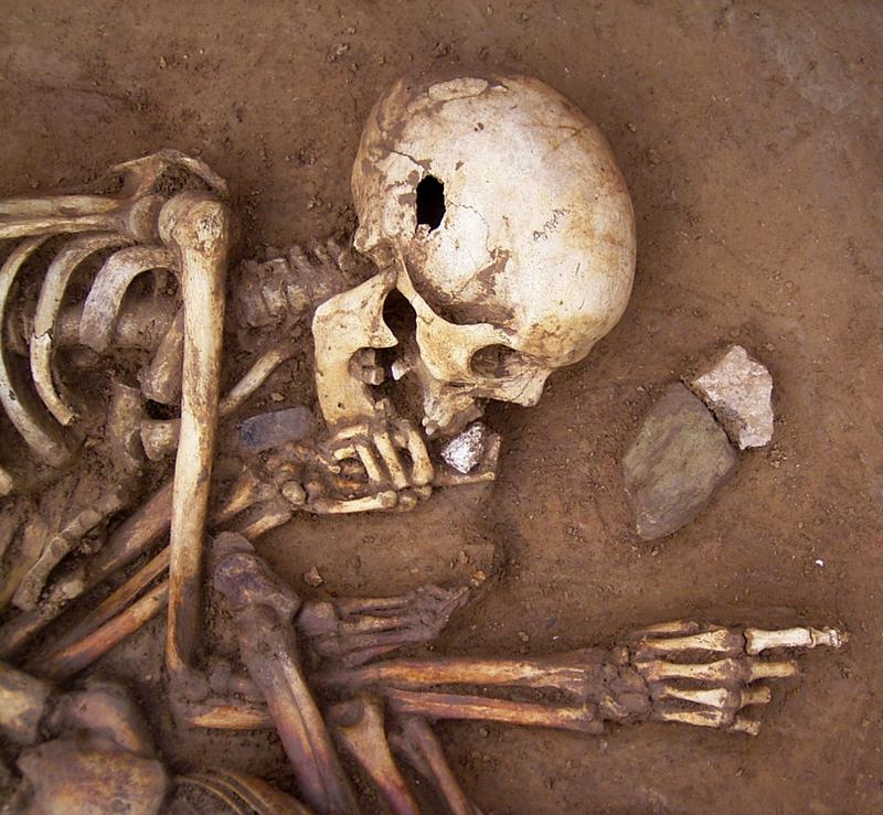 what are two methods of dating artifacts There are two main categories of dating methods in archaeology: indirect or relative dating and absolute dating  the two events are not contemporary.