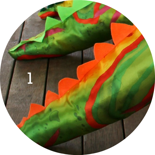 DIY Dinosaur tails! Make your own as a dinosaur birthday party favour!