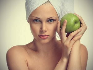 DIY Apple Face Mask for Dehydrated Skin