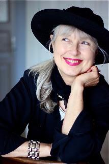 Grey Vixen Writes - Sabine Reichel